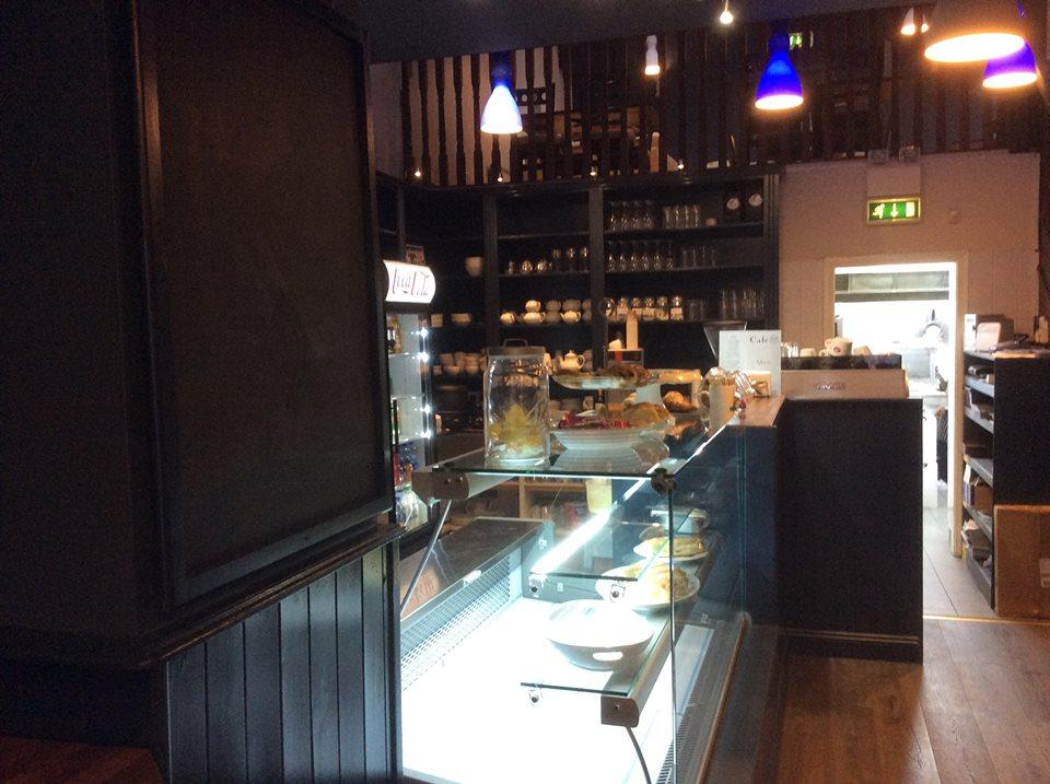 Cafe 37