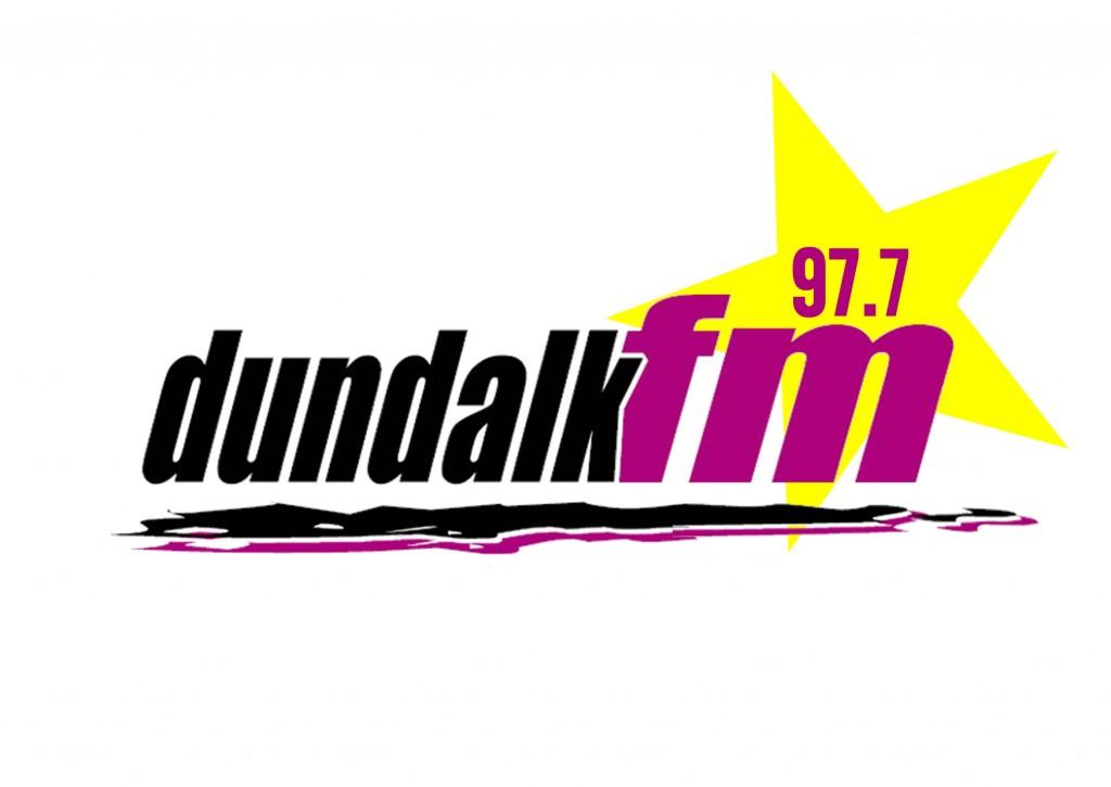 97.7 Dundalk FM logo
