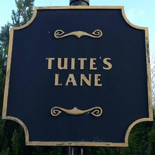 community call tuites lane phone